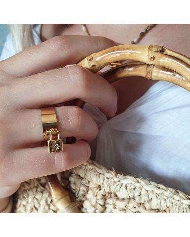 bague doré cadenas