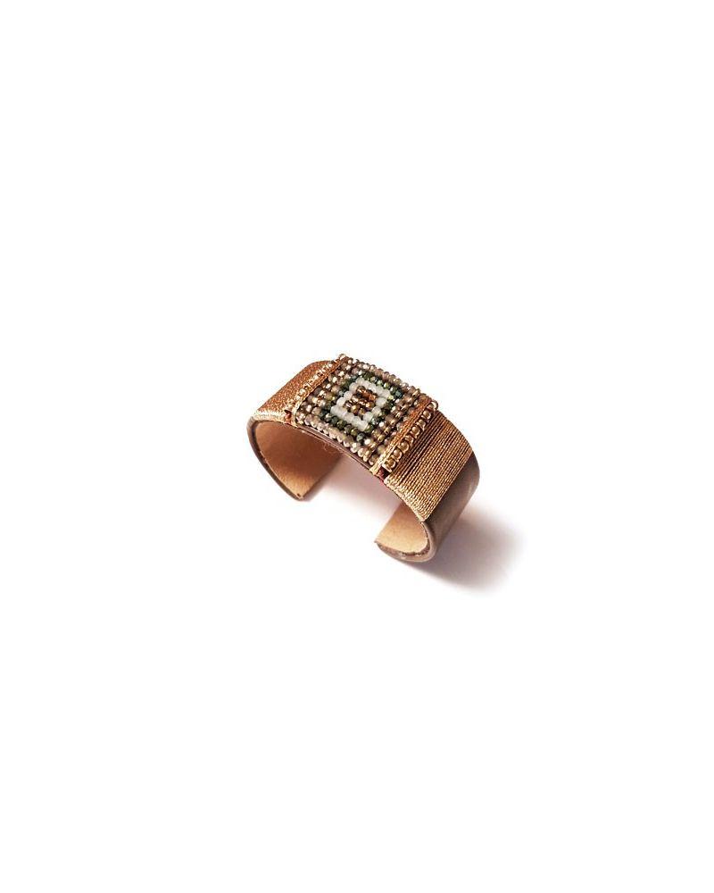 Bracelet manchette cuir et perles