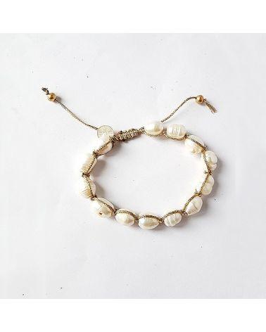 Bracelet perles d'eau douce fil doré
