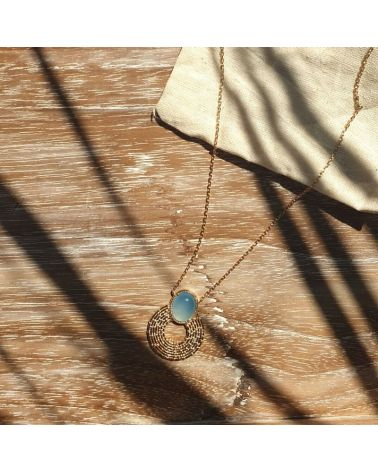 Collier or agate bleue
