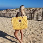 🌊 BEACH PLEASE ☀️ Il a tout pour plaire, le sac plage version oversize est de retour !  #sacplage #sacxl #hossegor #canvasbag #toilerecyclée #oversizebag #bigbag #summerbag #summeressentials #holidaysessentials #newarrivals #backinstock #beachwear #zoshacollection