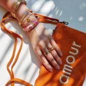 Crush du jour ! Bijoux MILË MILA & pochette daim 🧡  #milëmila #milemilaparis #crush #braceletjonc #bijouxcreateur #pochette #pochetteamour #orange #instajewels #hossegor #zoshacollection