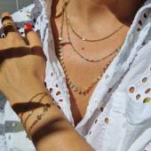 Le décolleté parfait du week-end ! Collier multirang en cascade et bracelet perles mulcolores 🧚🏼♀️ Nouveautés MILË MILA,  des créations de bijoux irrésistibles ! #milëmila #milemilaparis #bijouxcreateur #bijouaddict #bijoulovers #colliermultirang #braceletmultirangs #perles #email #perlesaddict #instabijoux #été #zoshacollection